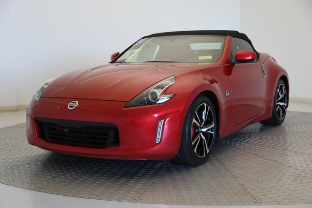 Pre-Owned 2018 Nissan 370Z Touring Sport